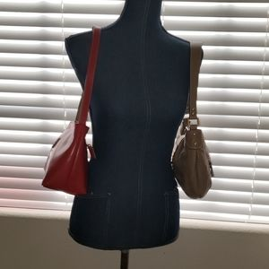 LOT OF (2)  SHOULDER LADIES PURSES. MUST SEE..